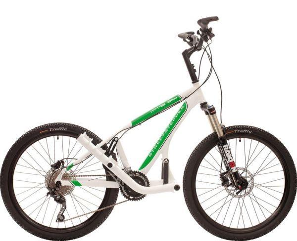 Streetstepper, Alternative zum Fahrrad, Die aufrechte Körperhaltung entlastet insbesondere die Halswirbelsäule, es gibt keine Wirbelsäulen-Zwangshaltung wie auf dem Fahrrad